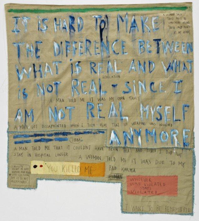 You Killed Me, 2011-14. Applikeret silke, uld, oliemaling, blyant, tusch 127x113 cm. Foto: Jeppe Sørensen.