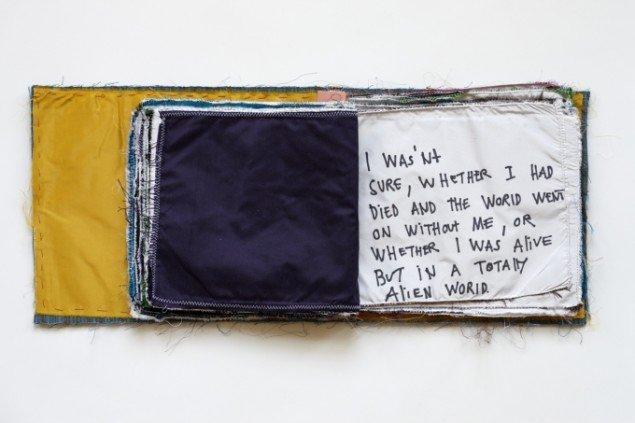 Pain in The Eye 2009, detalje artist book applikeret silke, tusch 23,50x28x4 cm. Foto: Anders Sune Berg.