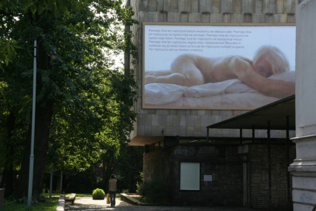 One Day... 2006, billboard til Art in Public Space, BWA Gallery, Bydgoszcz, Polen. Foto: Peter Brandt.