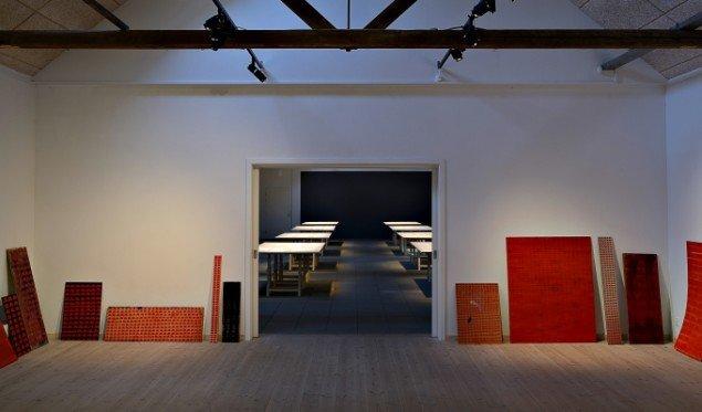 Odey Curbelo: Organic Studies, ongoing series. Blyant på papir, 24 x 39cm. Udstillingsview fra Nina Wengel & Odey Curbelo: Following eternity, KUNSTPAKHUSET. Foto: Ismar Cirkinagic