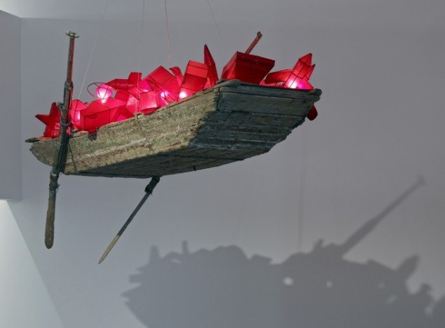 Cai Guo-Qiang: A Boat With Dreams, 2008. Foto Anders Sune Berg, Faurschou Foundation.