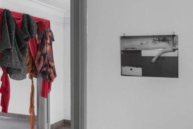 Signe Marie Andersen: Kitchen Sink, 1993. Foto. På Regibemærkninger, Møstings Hus, 2014. Foto: Thomas Cato