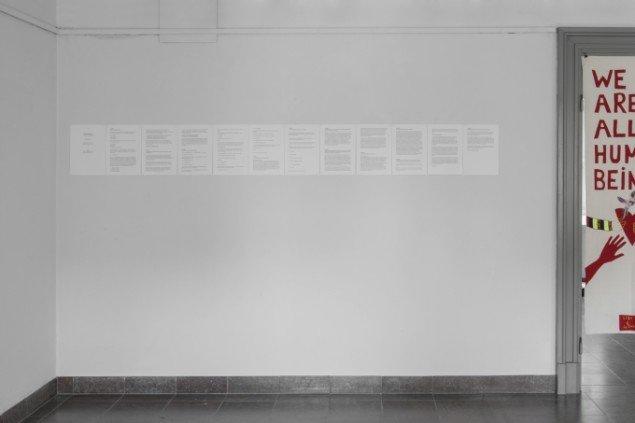 """Joan Rang: Den hvide mand. Tekstuddrag af teaterstykket """"Den Hvide Mand"""", urpremiere 2011, udgivet som tekst i 2013. På Regibemærkninger, Møstings Hus, 2014. Foto: Thomas Cato"""