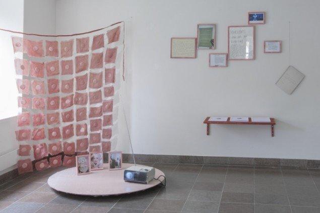 Udstillingsview fra Regibemærkninger, Møstings Hus, 2014. Foto: Thomas Cato