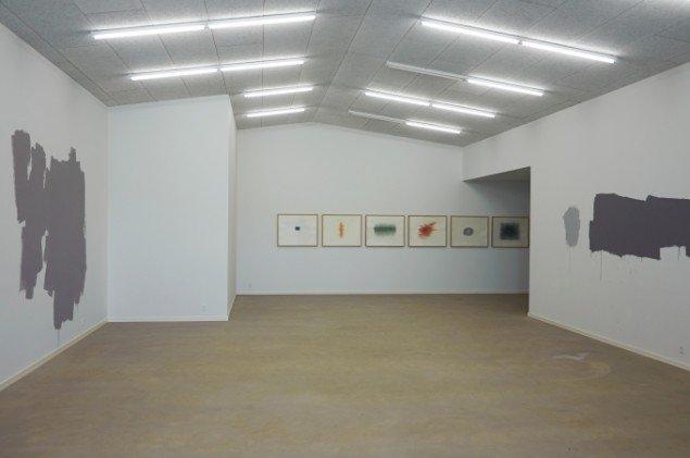 Udstillingsview fra First Shot, Kunsthal 44 Møen. Foto: Thomas Gunnar Bagge