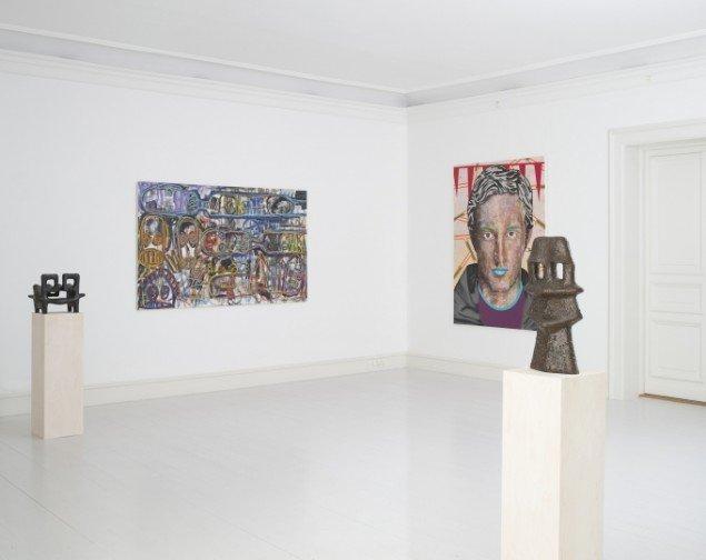 Udstillingsview med værker af Mustafa Maluka og Aboudia på African contemporary art, Galerie Mikael Andersen. Foto: Jan Søndergaard