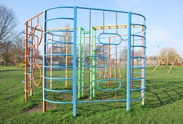En legeplads, Glenn Park, Maghull, UK.