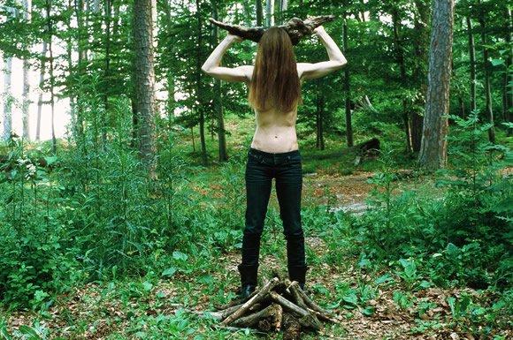 Billede fra et af Lisa Hinterreithners tidligere projekter. Kapuzinerberg, sommerszene Salzburg,  2011. Foto fra lisahinterreithner.at