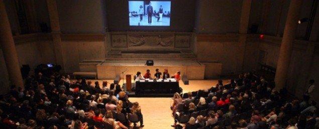 Fra en Performas mange seminarier. Her med titlen: Why Dance? i 2011. (Foto: Paula Court)