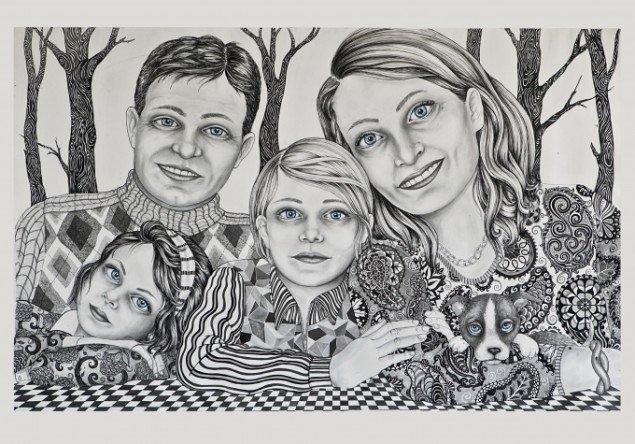 Et af den modne kunstner Julie Nords mønstrede familiebilleder. Foto: Trapholt