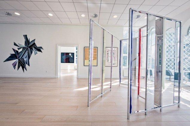 Udstillingsview fra Crystalline, Galleri DGV. Foto: Geir Haukursson