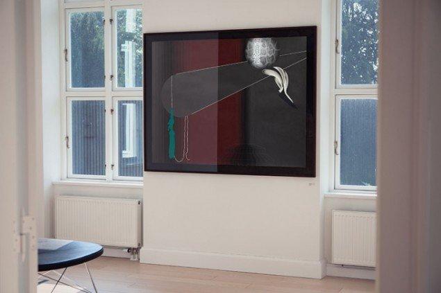 Lisbeth Eugenie Christensen: Act I, 2014. Akryl og blyant på papir, 137 x 175,5 cm. Udstillingsview fra Crystalline, Galleri DGV. Foto: Per Ahlmann