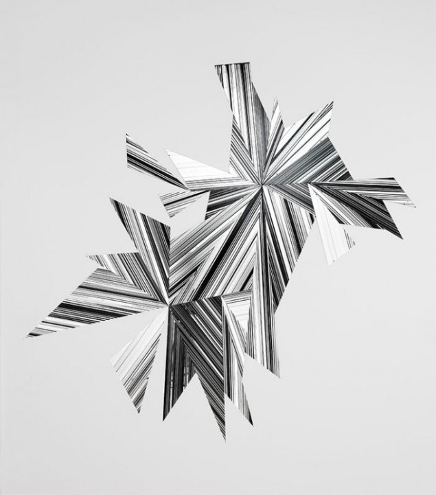 Ruth Campau: Midnight mirrow, 2009. Akryl på spejlakrylplade, 2.70 x 2.80 m. På Crystalline, Galleri DGV. Foto: Anders Sune Berg