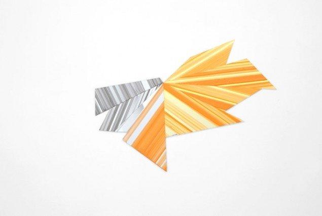 Ruth Campau: Diamond (Orange, grey), 2011. Akryl på akrylplade og spejlakryl, 50 x 70 cm. På Crystalline, Galleri DGV. Foto: Thomas Ibsen