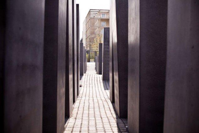 Peter Eisenman: Mindesmærke for Europas dræbte jøder, 2005. Foto: Stiftung Denkmal, Marko Priske.