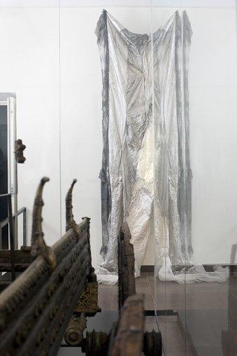 Asrtid Svangrens værk på udstillingen Skabt af tiden på Nationalmuseet, København i 2014. Pressefoto.