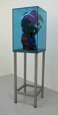 Bjørn Poulsen: Ghost #314, 2014. Plexiglas, acrylic og stainless steel, 140x40x40 cm. På Nærværk - Kunst er at skabe nyt nærvær, Pop-up Contemporary #6 til d. 26/10. Foto: Anders Sune Berg.