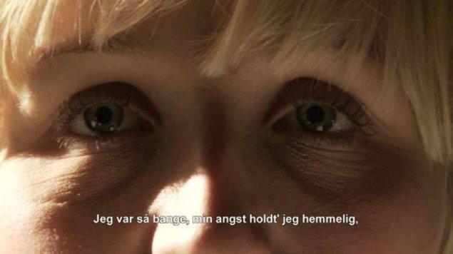 Kasper Skovsbøl: Jeg tog i byen, 2013. Stills fra kortfilm. På Nærværk - Kunst er at skabe nyt nærvær, Pop-up Contemporary #6 til d. 26/10. Foto: Anders Sune Berg.