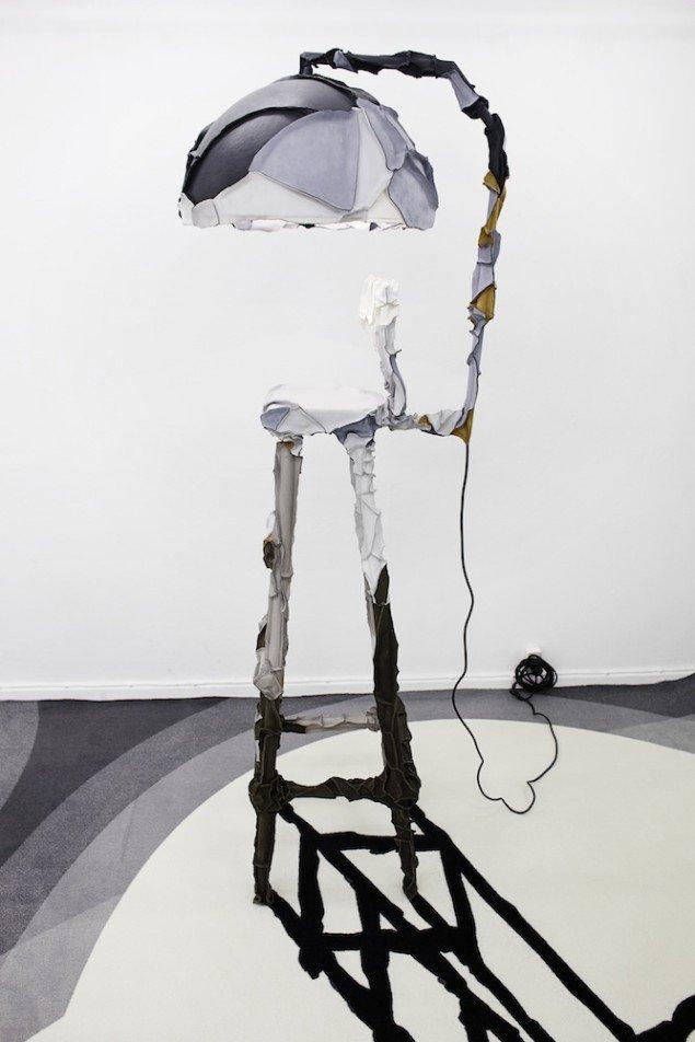 En 'lampe' fra Pepe Heykoops udstilling Skin Collection, der kunne ses i BOX i efteråret 2012. Foto: LYNfabrikken.