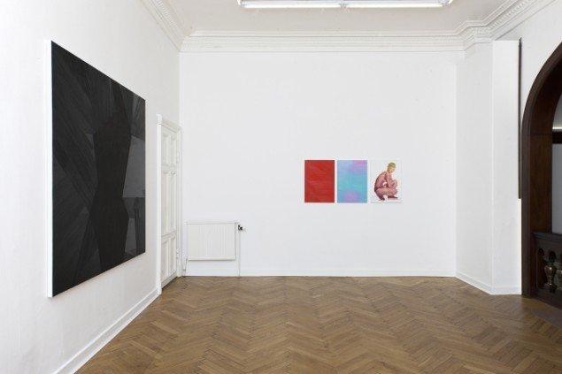 Udstillingsview af Ditte Ejlerskov:Bow Down Bitches, LARMgalleri til d. 8/11. Foto: P. Wessel