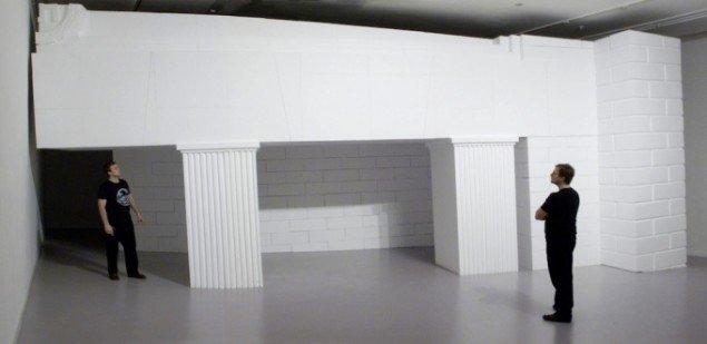 Søren Lose: Abendland, 2008, træ, polystyren, maling. Installationsview, Künstlerhaus Bethanien. Foto: Søren Lose.