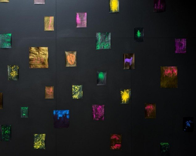 Detalje fra udstillingen Red Noise Meditation, 2014 på Kunstforeningen Gl Strand. Foto: Alastair Philip Wiper