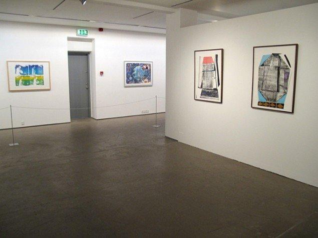 Udstillingsview med værker af Bjørn Nørgaard og Julie Sass. På Grafiske forbindelser, Vendsyssel Kunstmuseum til d. 1/2. Pressefoto