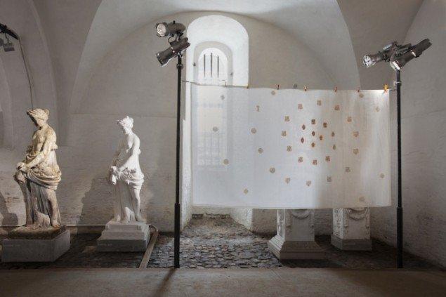 Installationsview med Nils Viga Hauskens Malmstrøm på udstillingen Skilsmissen, 2014 frem til 21. dec. Foto: Erling Lykke Jeppesen