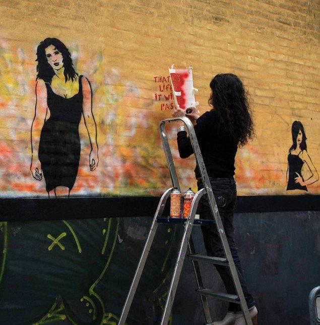 Miss.Tic arbejder i Frederiksgade 60. Foto: Miriam Nielsen
