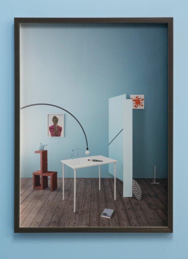 Merete Vyff Slyngborg: Art Room Still Life, 2014. indrammet fotografi, 60x45 cm. På A Perhaps Tasteful Image, GREEN IS GOLD. Foto: Søren Aagaard