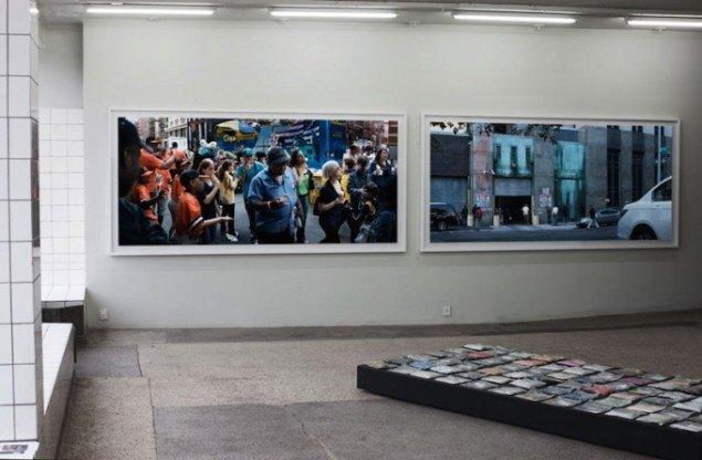 Installationsview fra udstillingen Babel Tales, 2011 på V1 Gallery, København. Foto: Peter Funch