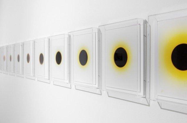 Installationsview fra udstillingen Light Break – Photography / Light Therapy på Martin Asbæk Gallery frem til 14. februar. Foto: David Stjernholm