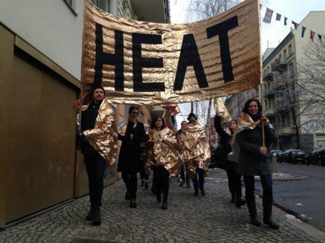 Fra demo-performancen Heat i Berlin. Pressefoto