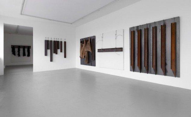 Installationsview, Jannis Kounellis. (Foto: Anders Sune Berg)