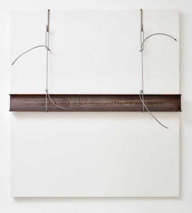 Detalje fra udstillingen af Jannis Kounellis ved Galleri Bo Bjerggaard. (Foto: Anders Sune Berg)