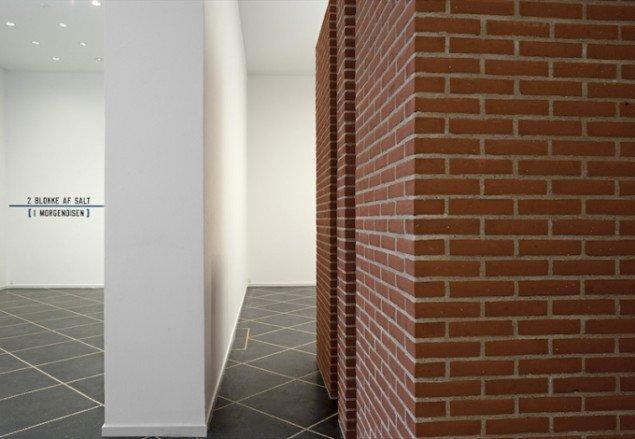 Installationsview fra PER KIRKEBY, LAWRENCE, 2014-15, Galleri Susanne Ottesen frem til 14. marts. Foto: Stine Heger