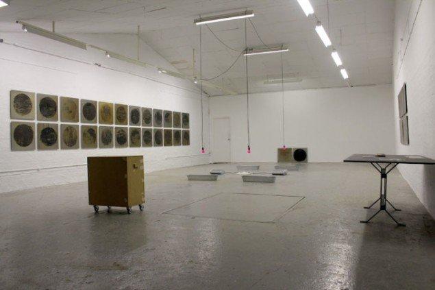 Dear Mary (Steel), 2013-14 fra udstillingen Nanna Lysholt Hansen - Dear Mary (Steel), Ringsted Galleriet, 2014. Foto: Nanna Lysholt Hansen