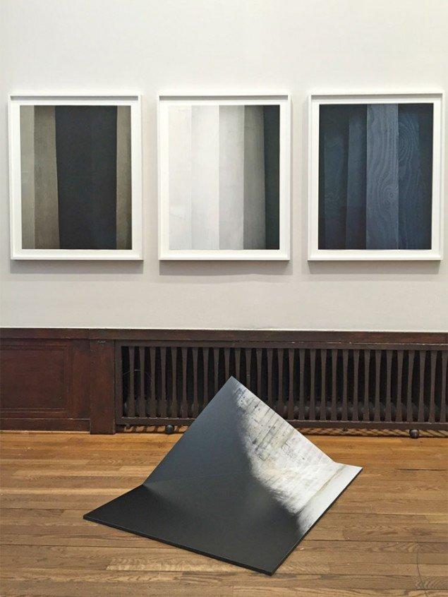 Værker af Linda Hofvander hos Cecilia Hillström Gallery.
