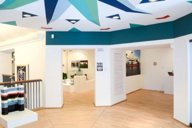 Installationsview, Follies & Faces, KØS – museum for kunst i det offentlige rum. (Foto: Diana Lindbjerg)