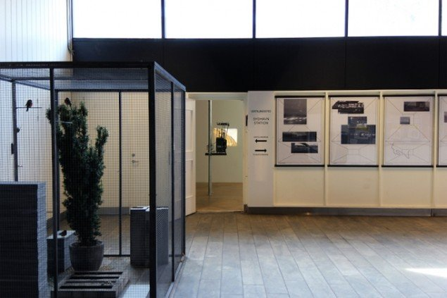Installationsview fra Delvist tribal, 2015, Sydhavn Station. Foto: Eva La Cour