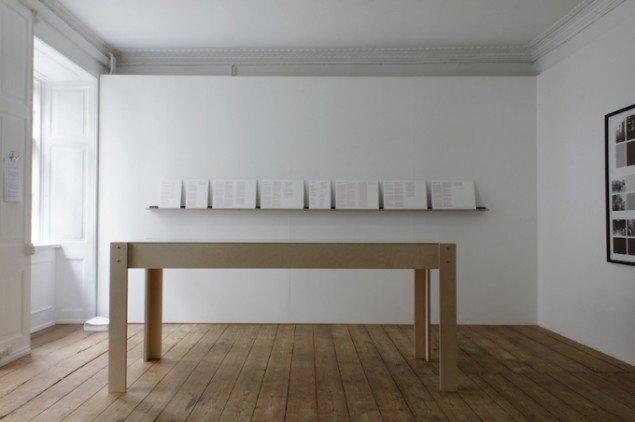 Decembers - the archive, 2013. Installationsview, GREEN IS GOLD. Foto: Ditte Knus Tønnesen