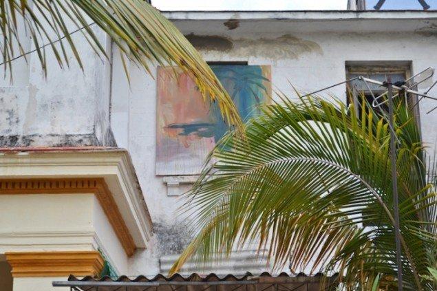 Installationsview af Peter Bonde og Odey Curbelo Urquijos fællesværk, 2015. Foto: Marie Kirkegaard