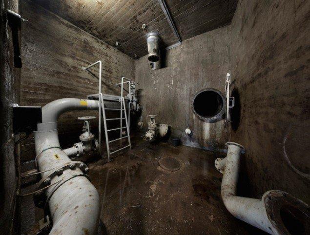 Indgang, underjordisk tank, 2014