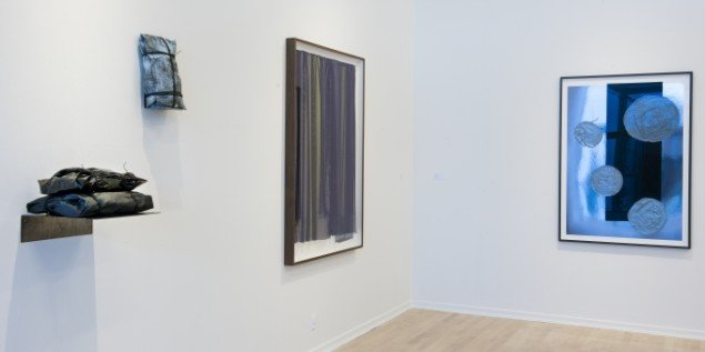 Anita Jørgensen: BOTTARI – Yung Bin 2015. Ruth Campau: Behind the Dark Curtain 2015. Ruth Campau: Blobs for Yves 2015. Foto: Torben E Meyer