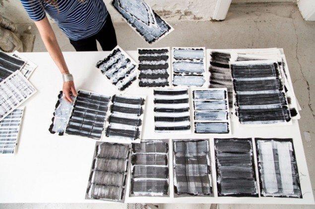 Vibeke Rohland deltager på Biennalen for Kunsthåndværk og Design med to værker. Her ses arbejdsprøver fra processen. (foto: Kirstine Autzen)