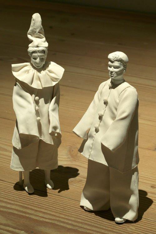 De to små klovnefigurer. foto: Louise kontala