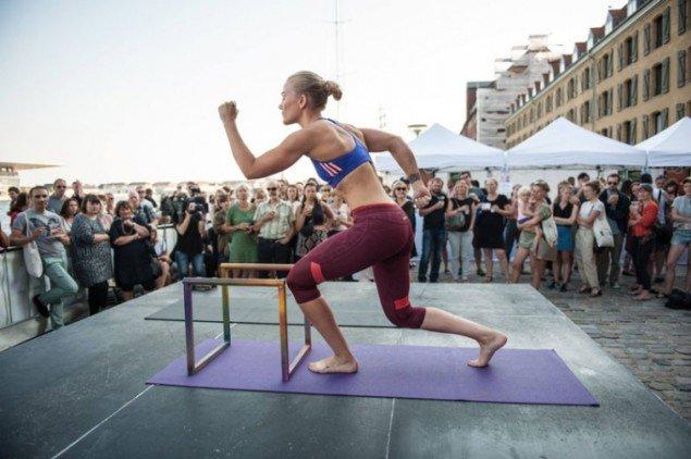 Lea Gulddittes performance under SMK Friday. (Foto: Magnus Kaslov)