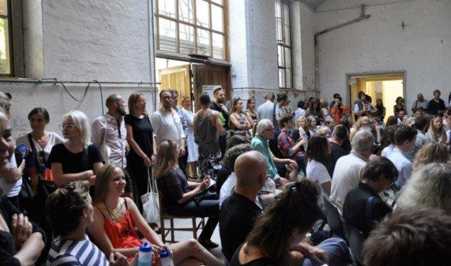 Publikum lørdag under talkprogrammet. (Foto: Daniel Heydorn)
