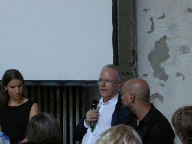 Marie Nipper fra ARoS og Hans Ulrich Obrist fra Serpentine Gallery i London i dialog med Mark Rappolt fra ArtReview. (Foto: Daniel Heydorn)
