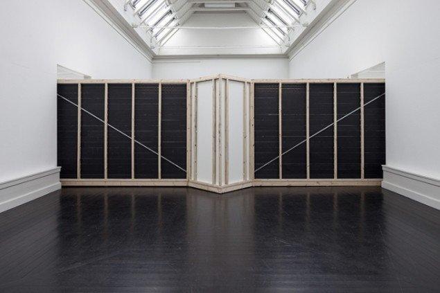 View, 2014. Performativ bevægelsesinstallation, Beyond Reach, Den Frie, København. Foto: AVPD